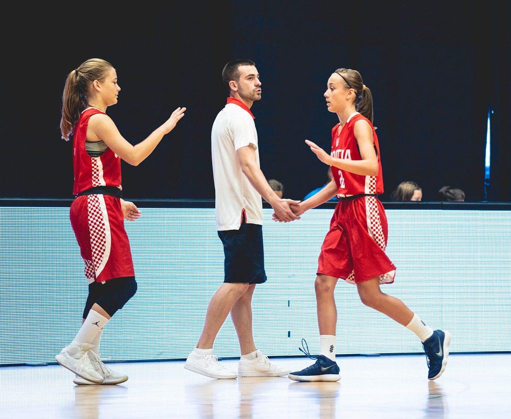 U14 reprezentacija (Ž): Mlađe kadetkinje osvojile Slovenia Ball